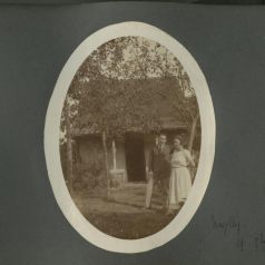 Louise et Jean à Mazilly, 19 septembre 1923